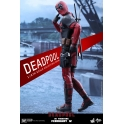 Hot Toys – MMS347 – Deadpool: 1/6th scale Deadpool