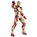 Revoltech Tokusatsu - No.049 - Iron Man Mark 42
