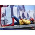 [Pre-Order] Hot Toys –MMS426 – Spider-Man: Homecoming – Spider-Man Collectible Figure (Deluxe Version)