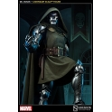 Sideshow - Legendary Scale™ Figure - Doctor Doom