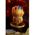 [Pre-Order] Hot Toys - COSB463 - Avengers: Infinity War - Cosbaby (S) Bobble-Head - Infinity Gauntlet
