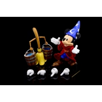 Hybrid Metal Action Figuration - Sorcerer Mickey & The Magic Broom