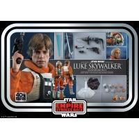 [PO] Hot Toys - MMS585 - SW: Episode V The Empire Strikes Back - 1/6th scale Luke SkywalkerTM (SnowspeederTM Pilot)
