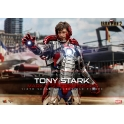 [Pre-Order]  Hot Toys - MMS599 - Iron Man 2 - 1/6th scale Tony Stark (Mark V Suit up Version) Collectible Figure