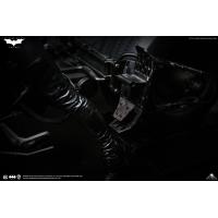Queen Studios - Catwoman  1/6 scale