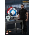 Hot Toys - Iron Man 2 - Tony Stark with Arc Reactor Creation Accessories Collectible Set