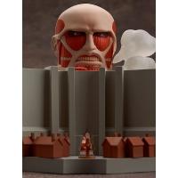Nendoroid - Colossal Titan & Attack on Titan Playset