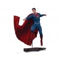 DC Collectibles - Batman Vs. Superman: Dawn of Justice 1/6 Scale Statue – Superman